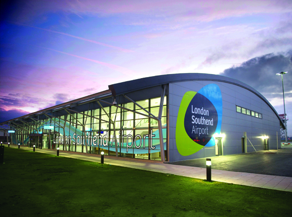 southend airport large image 577x428