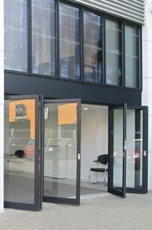 doors side car shiwroom 223×336 & doors side car shiwroom 223×336 - Comar Architectural Aluminium Systems